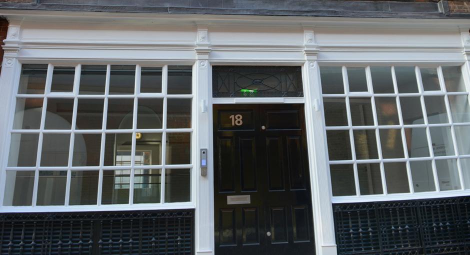 18 Hanway Street